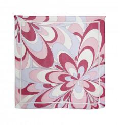 Шёлковый платок в ярких цветах